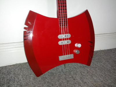 Axe bass body